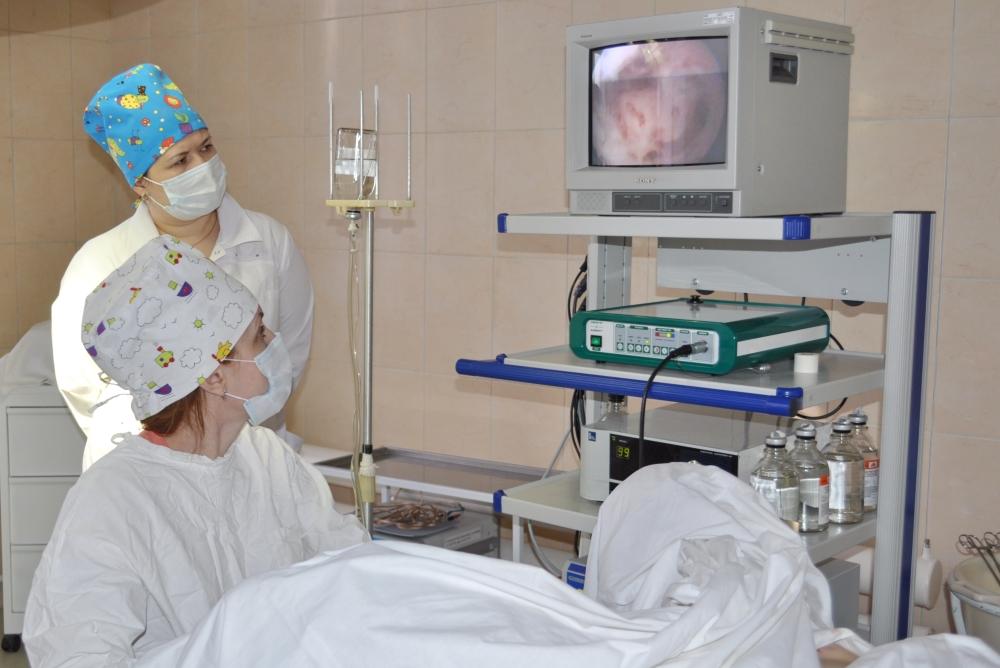 Идёт эндоскопическая операция