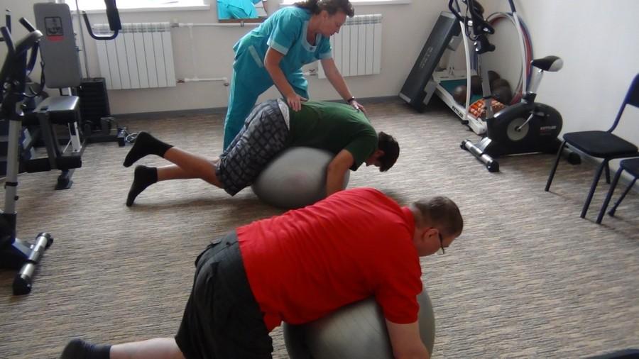 Терапия на гимнастических шарах